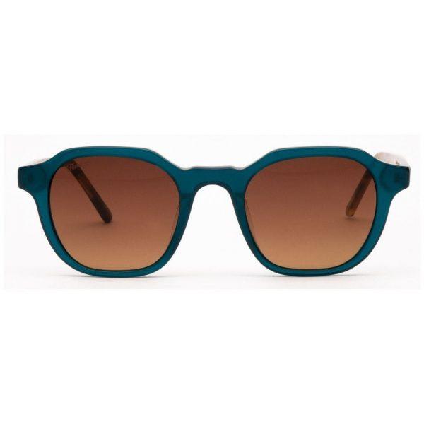 sunglasses-flamingo-morgan-sea-front